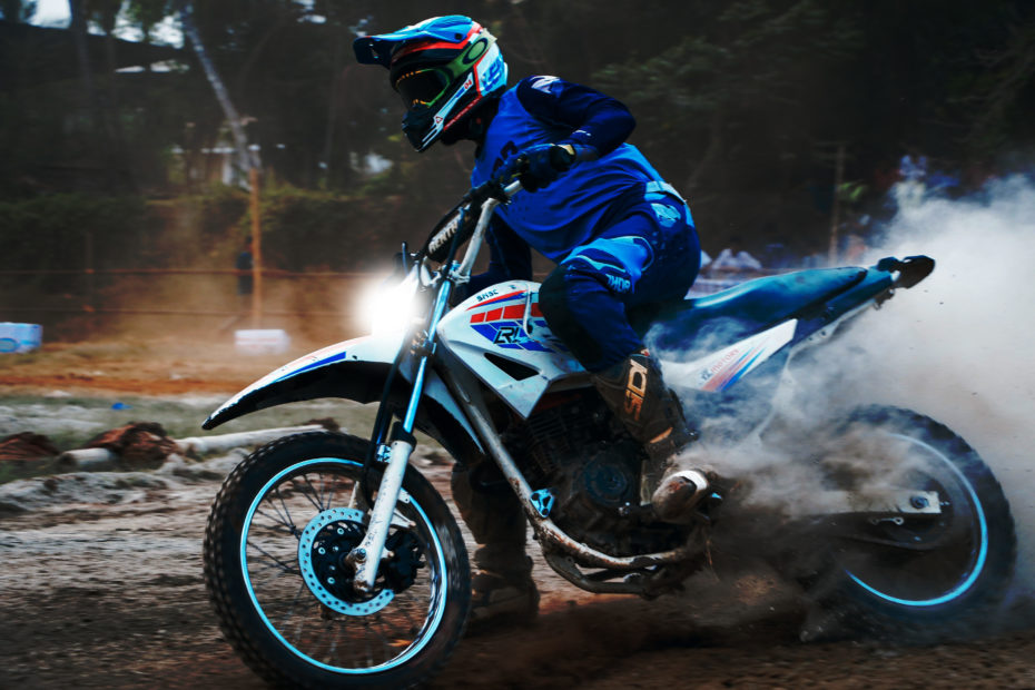 how to put lights on a dirt bike without a battery